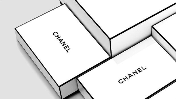 Chanel Boxen